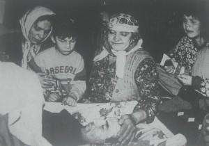 Supruga Rada,majka Zejfa pored mrtvog kapetana Hajre
